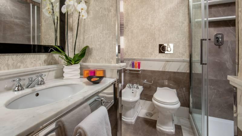 The-inn-apartments-roma-townhouse-mario-de-fiori-00506