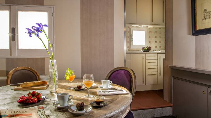 honeymoon-suite-34