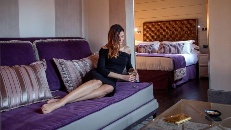 honeymoon-suite-48