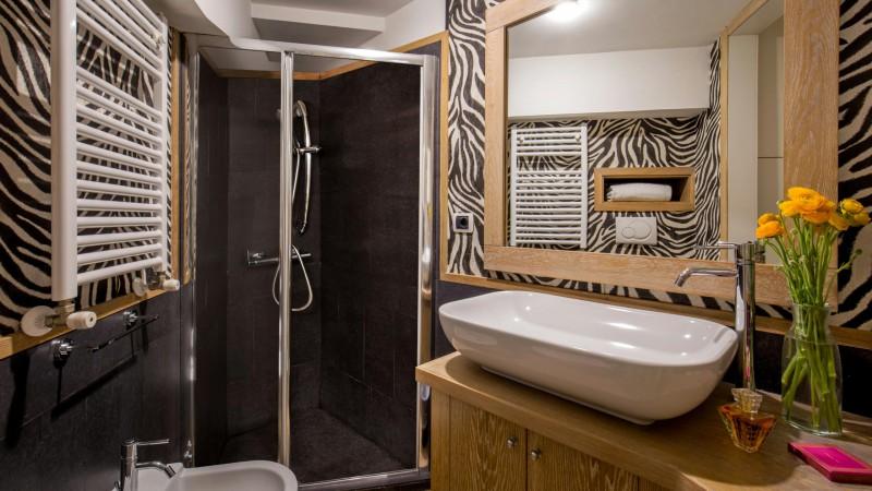 studio-room-apartment-roman-forum-rome-07